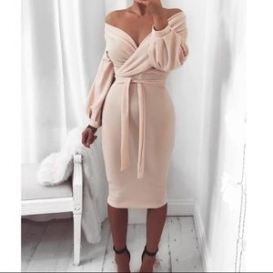 New! Fashion to Figure off the shoulder tie dress